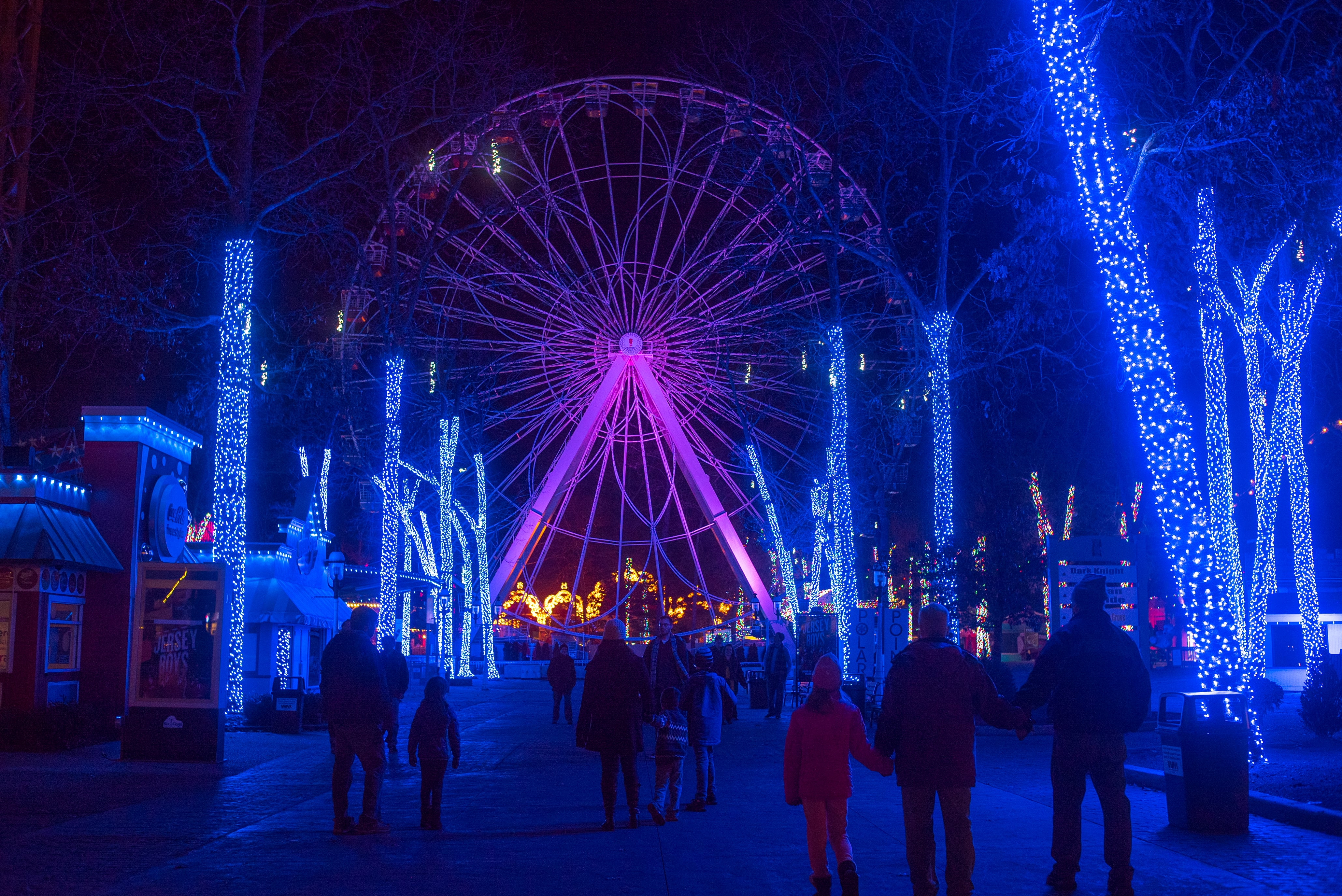 Six Flags Christmas Lights Nj 2020 Six Flags Holiday in the Park Is Chock Full of Wintry Magic   NJ