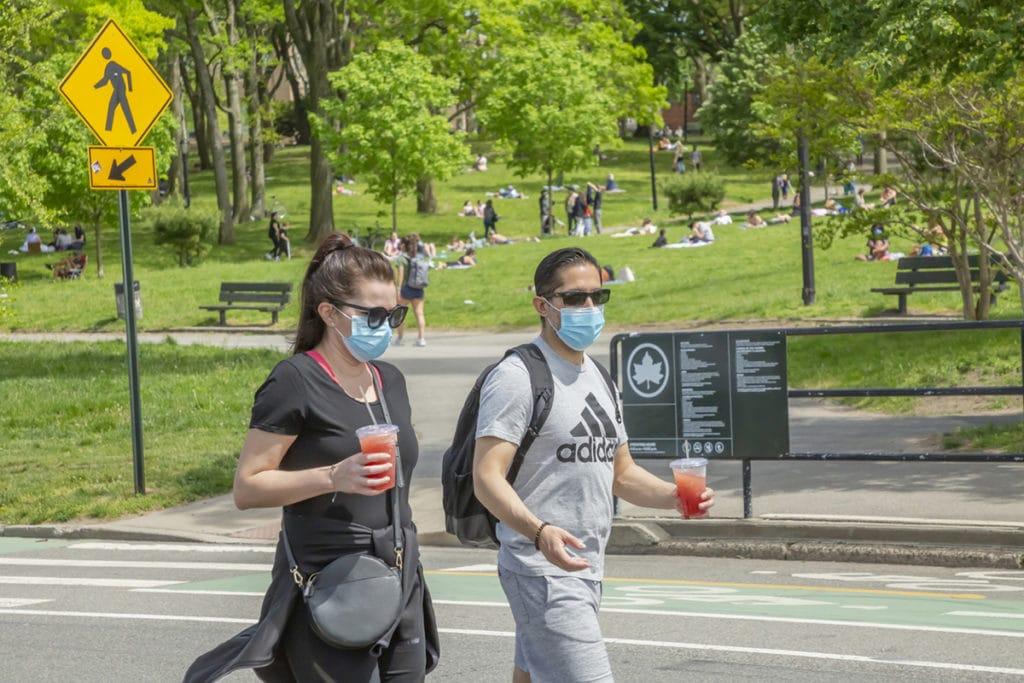 face masks outdoors